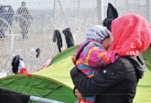 μετανάστες εγκλωβισμένοι στον καταυλισμό Ειδομένης