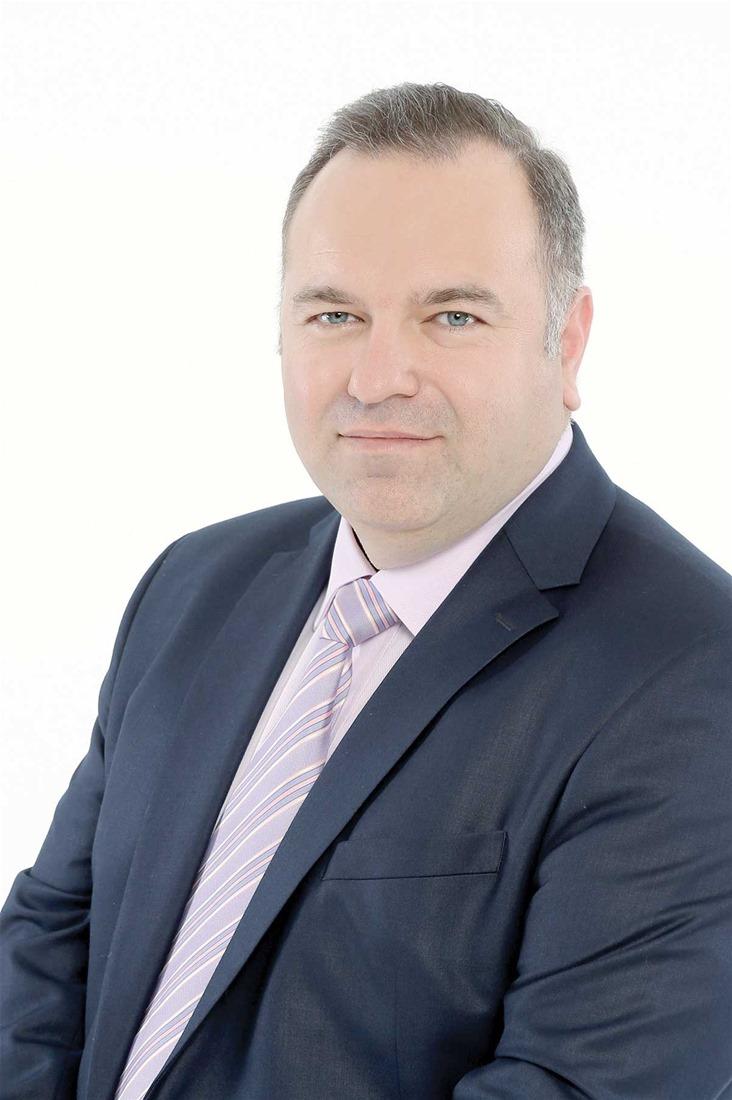 Υποψήφιος στο σχήμα του Γιώργου Ορφανού είναι ο επιχειρηματίας Γιάννης Ράπτης.