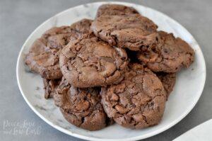 Cookies-με-ξηρούς-καρπούς-σοκολάτα