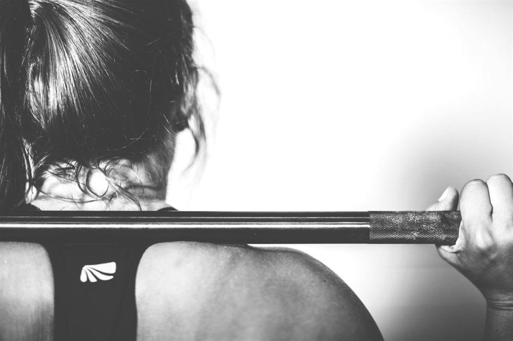 «Κάψτε» τα κιλά των διακοπών και βοηθήστε το σώμα σας να επανέλθει με τη σωστή γυμναστική
