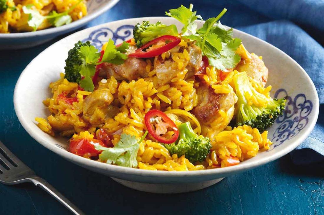 Κοτόπουλο με πιπεριές και ταϊλανδέζικο ρύζι