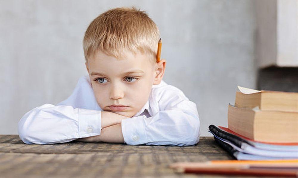 Τι συμβαίνει σε ένα παιδί που έχει αδιάφορους γονείς;