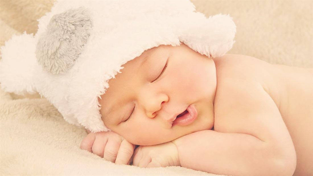 Το ξέρατε ότι στον βρεφικό ύπνο το απλούστερο είναι το ασφαλέστερο;