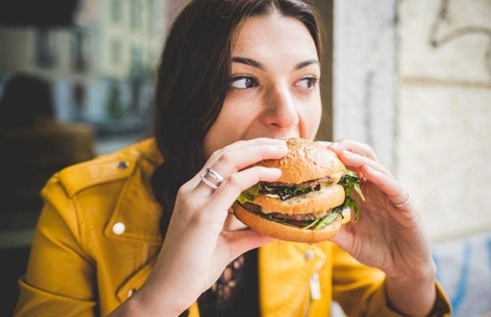Έρευνα : Η παχυσαρκία αυξάνει την κατάθλιψη-Ιδίως στις γυναίκες