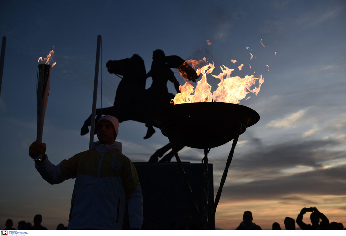 «Η φλόγα μέσα μας» – 20 Έλληνες Ολυμπιονίκες μιλούν για στιγμές που έγραψαν ιστορία
