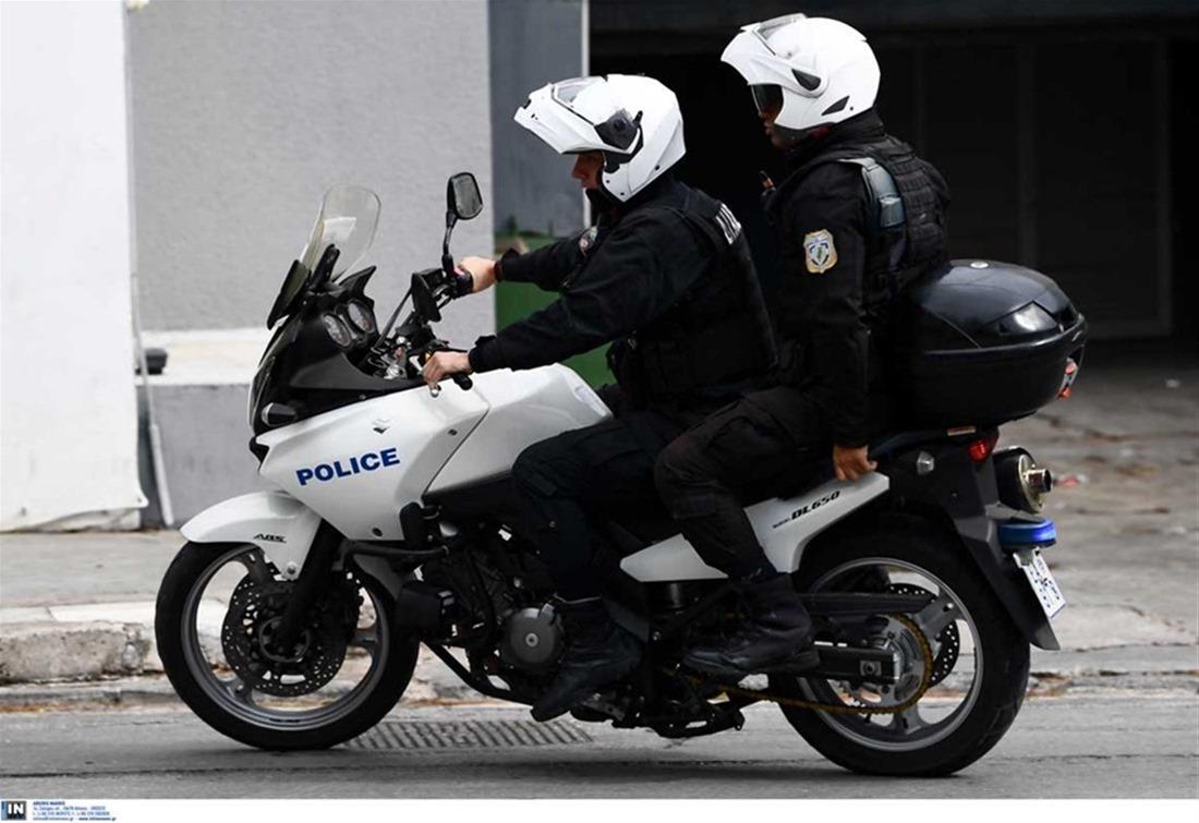 Θεσσαλονίκη: Τραυματίστηκαν αστυνομικός και 24χρονος – H ανακοίνωση της αστυνομίας