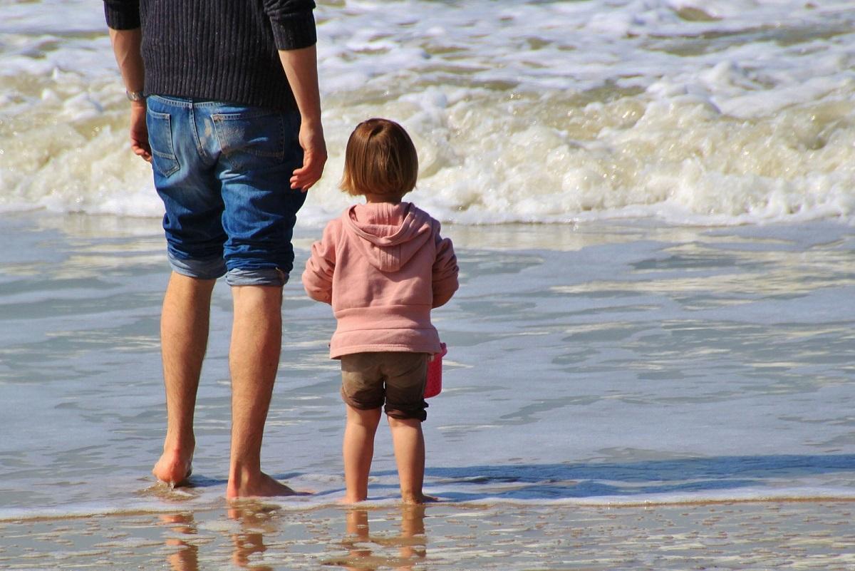 Τι μπορείτε να κάνετε για να μην φόβαται το μικρό σας τη θάλασσα