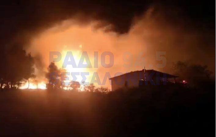 Φωτιά στην Εφεδρούπολη Ευκαρπίας – Εξετάζεται το ενδεχόμενο εμπρησμού