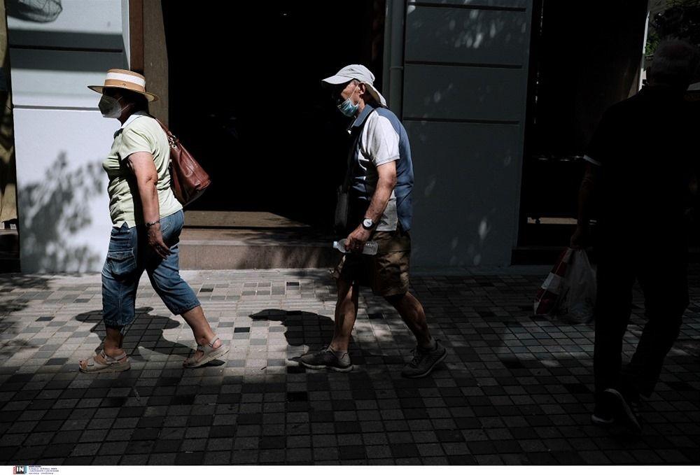 Παραμένουν υψηλά τα κρούσματα στην Ελλάδα