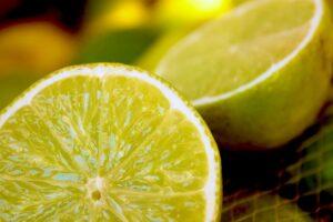 Δροσερές μπάρες λεμονιού για το καλοκαίρι (VIDEO)