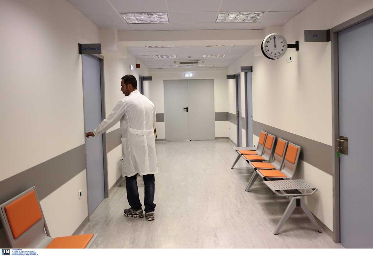 Γιατρός πήρε δείγμα από θετικό ασθενή για να μην κάνει το εμβόλιο!