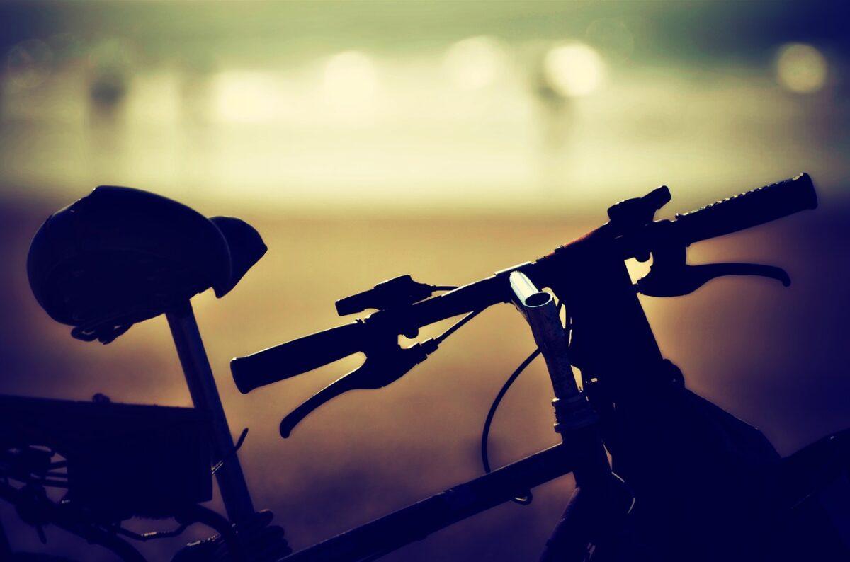 Θεσσαλονίκη: Σύλληψη 35χρονου για μεταφορά με ποδήλατο 300 πακέτων λαθραίων τσιγάρων