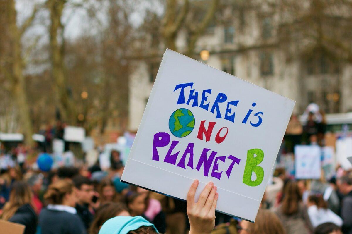 """Θεσσαλονίκη: Ακτιβιστές θα πραγματοποιήσουν διαμαρτυρία για την κλιματική αλλαγή – Ζητούν την έγκριση της συνθήκης """"Plant Based"""""""