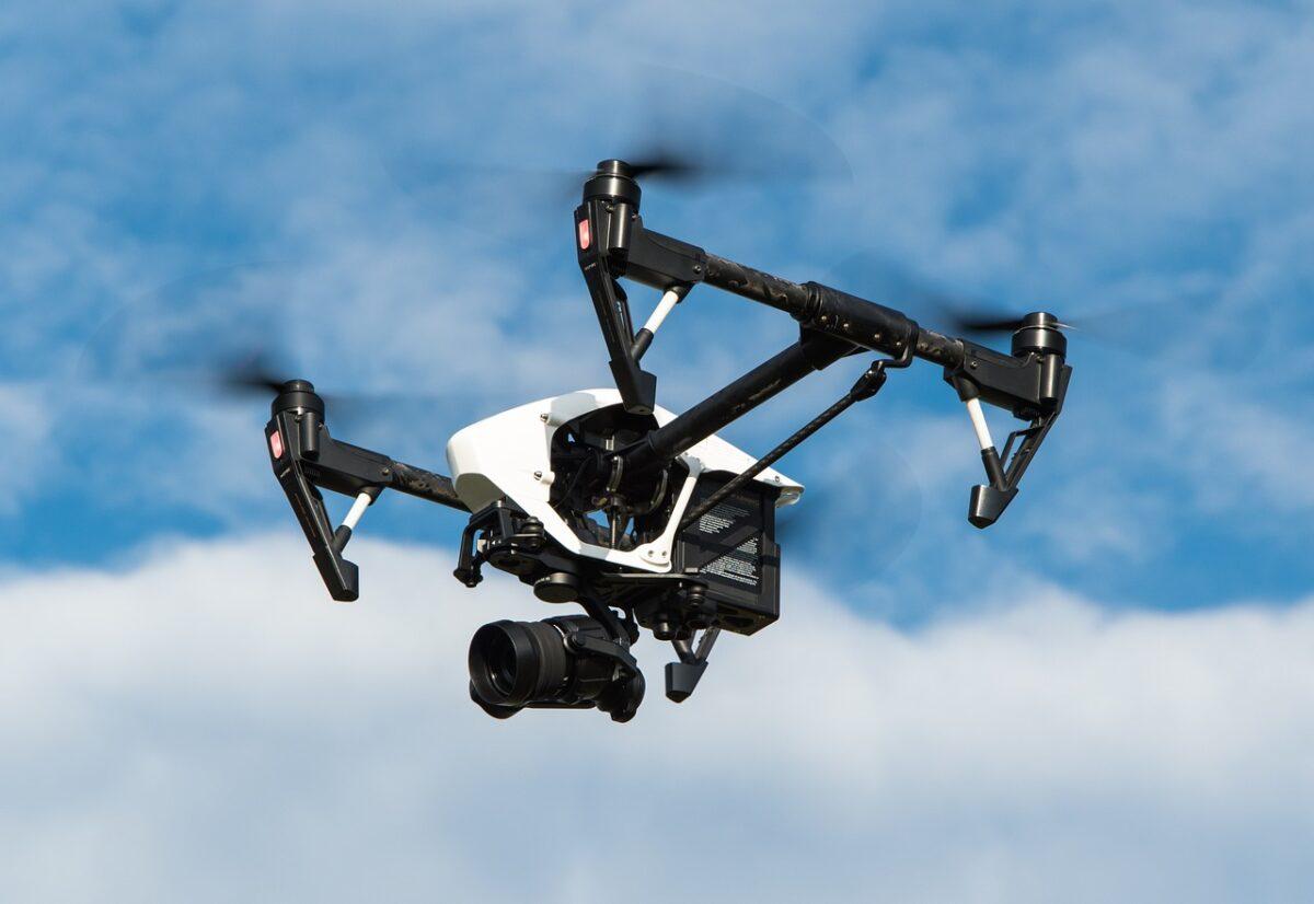 Τρίκαλα: Μεταφορά φαρμάκων με… drones στα περιφερειακά φαρμακεία