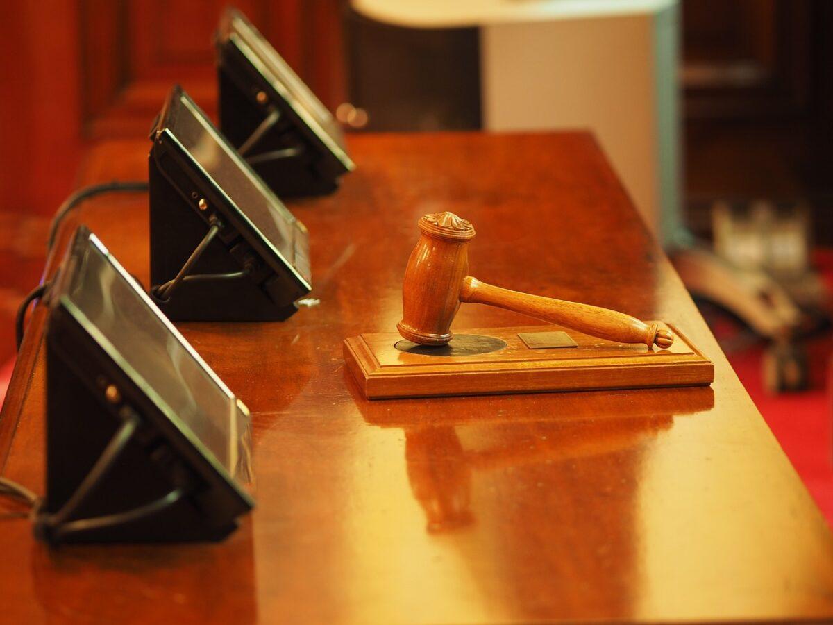 Ανοίγουν σήμερα τα δικαστήρια μετά από 18 μήνες – Τα μέτρα κατά του κορωνοϊού