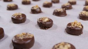 Νηστίσιμα σοκολατάκια (video)