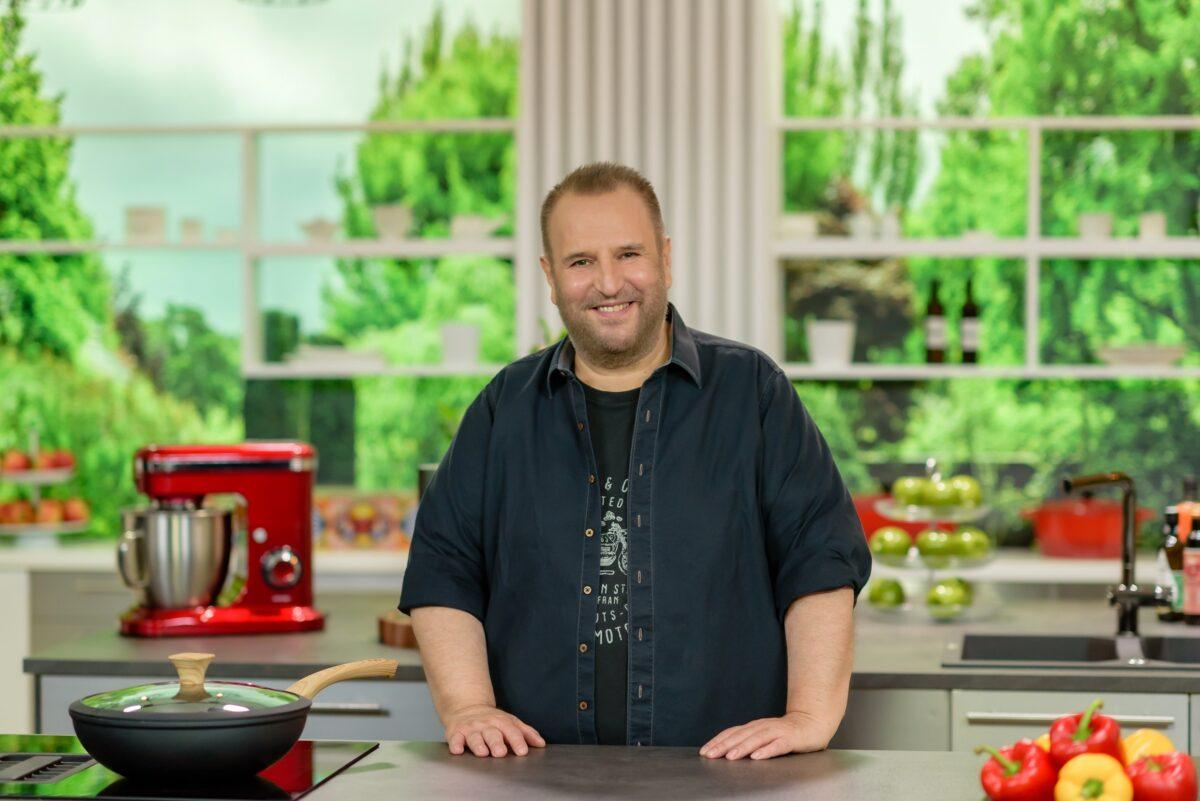"""Πρεμιέρα τη Δευτέρα για την εκπομπή """"Κάθε Μέρα Chef"""" με τον Βαγγέλη Δρίσκα"""