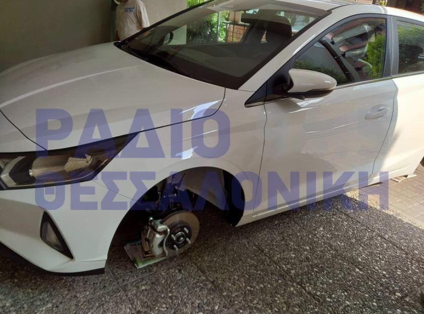 Θεσσαλονίκη: Κλέβουν ζαντολάστιχα αυτοκινήτων – Μεγάλη ζημιά για τους ιδιοκτήτες (ΦΩΤΟ)