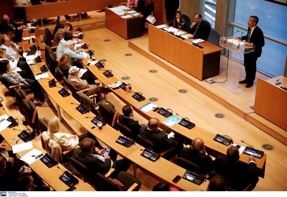 Θεσσαλονίκη: Επιστρέφουν οι δια ζώσης συνεδριάσεις του Δημοτικού Συμβουλίου