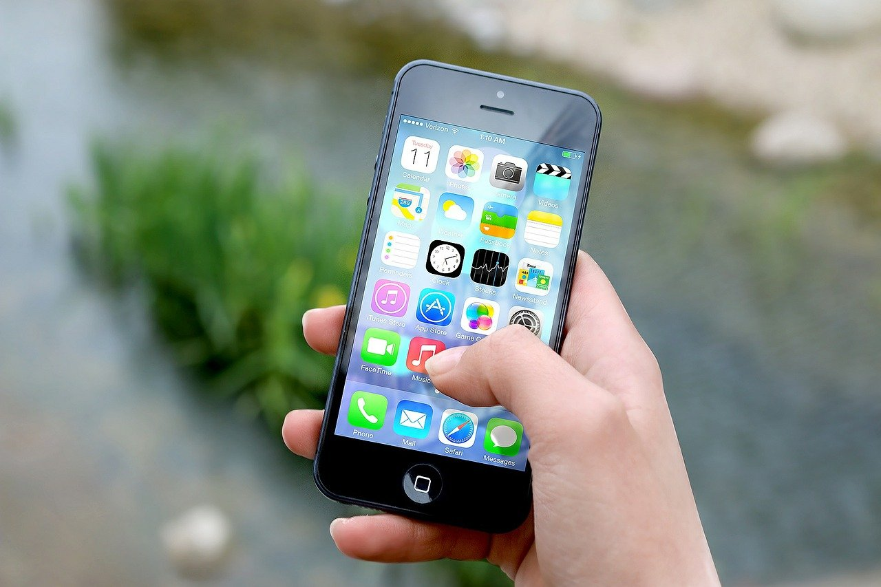 Η Google και η Apple αφαίρεσαν μια εφαρμογή από τις πλατφόρμες τους