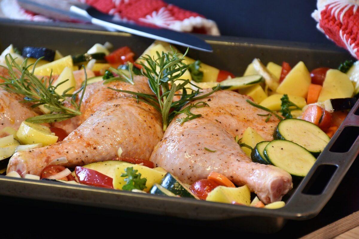 Φτιάξτε  κοτόπουλο με λαχανικά