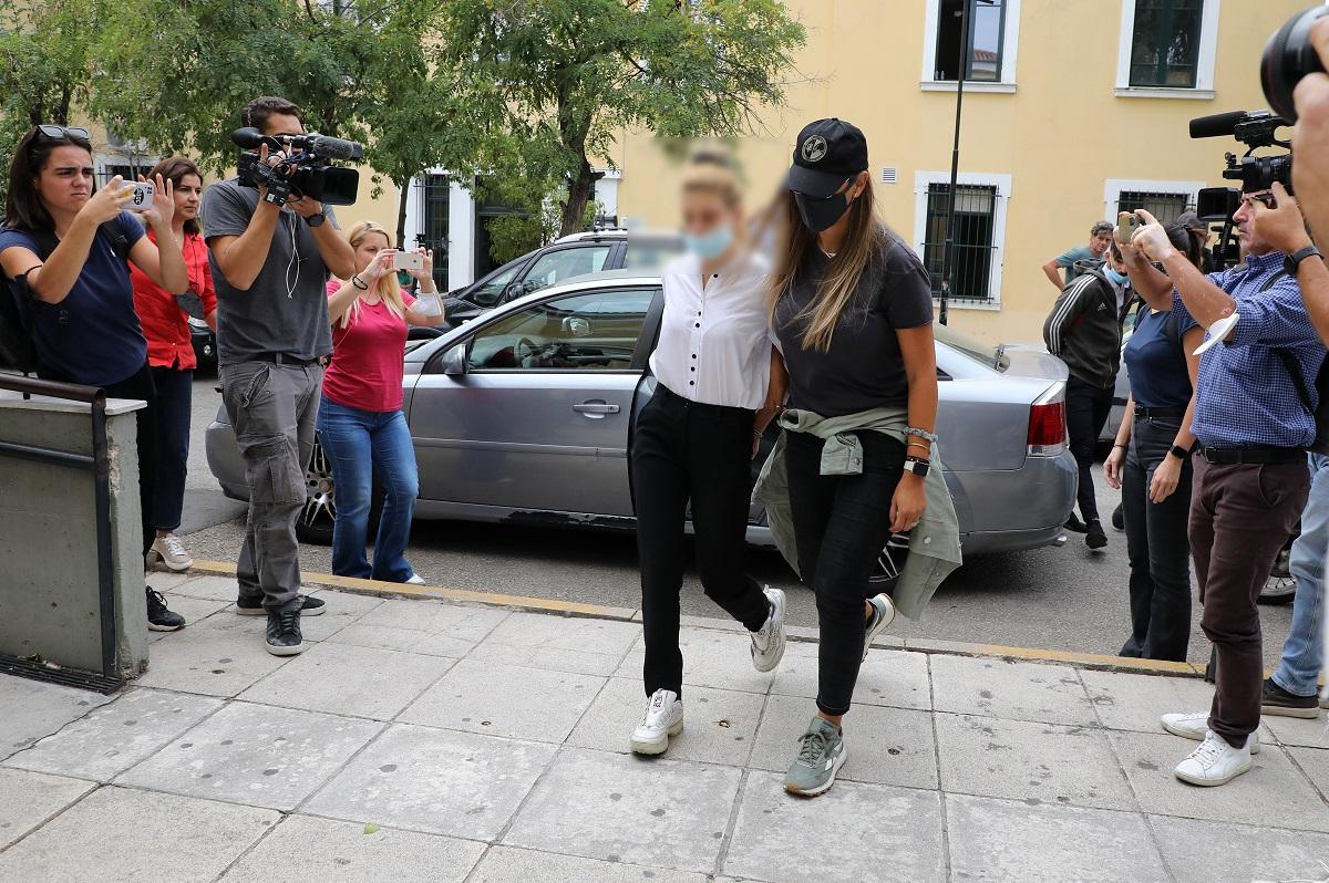 «Με κατέστρεψε»: Ξέσπασε κατά του συντρόφου της η Πολυχρονοπούλο