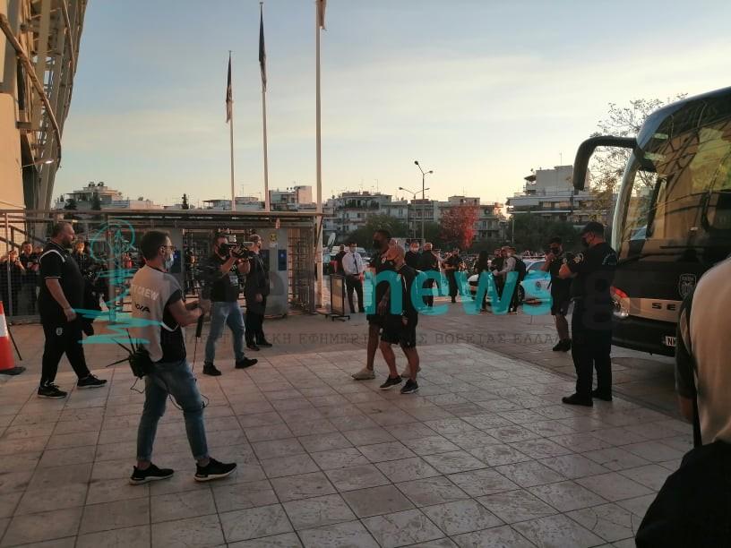 ΠΑΟΚ- ΑΕΚ: Η άφιξη των αποστολών στην Τούμπα (ΦΩΤΟ+ΒΙΝΤΕΟ)
