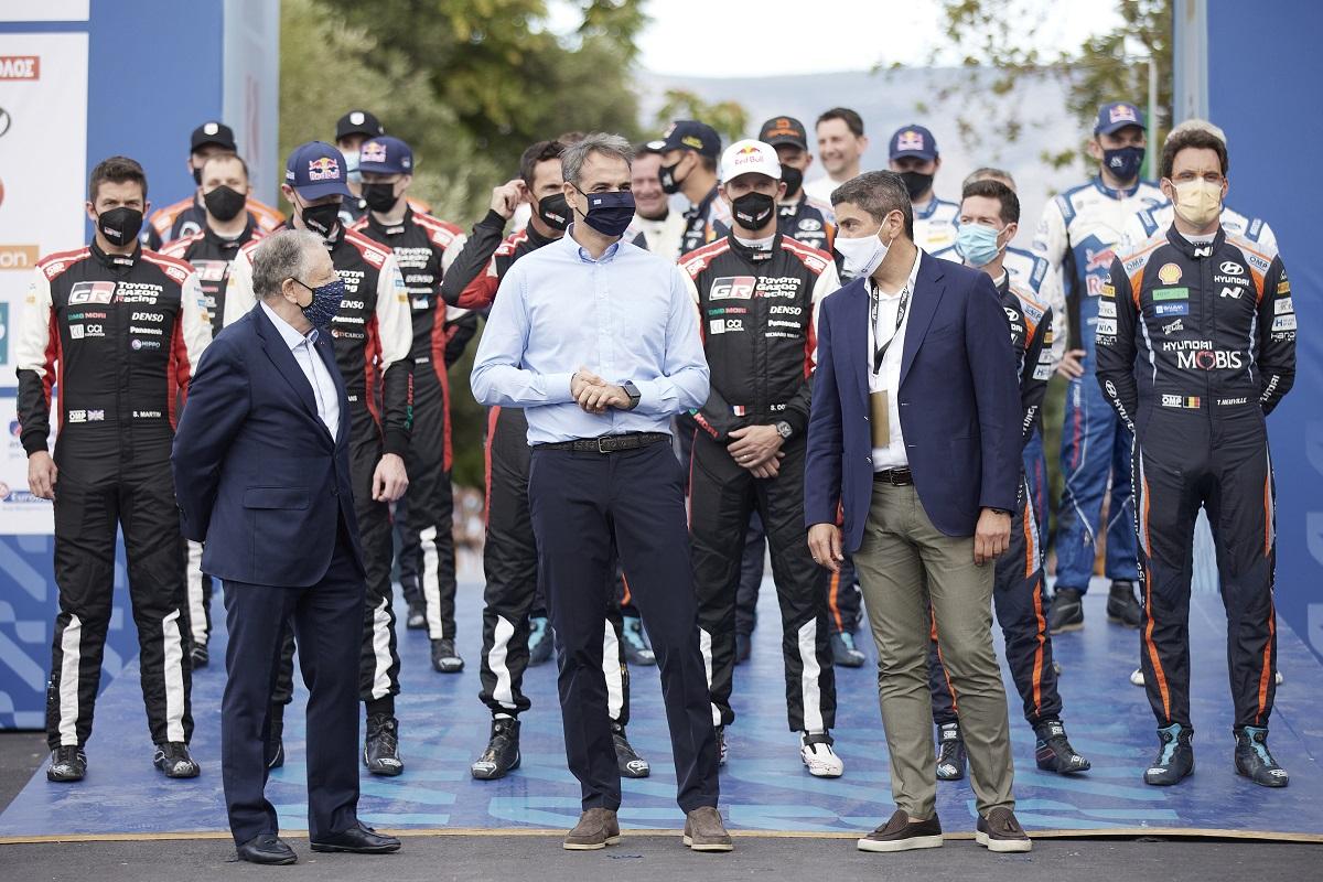 «Άκυρο» έφαγε ο Γ. Πατούλης στην επίσημη φωτογραφία έναρξης του Ράλλυ Ακρόπολις (ΒΙΝΤΕΟ)