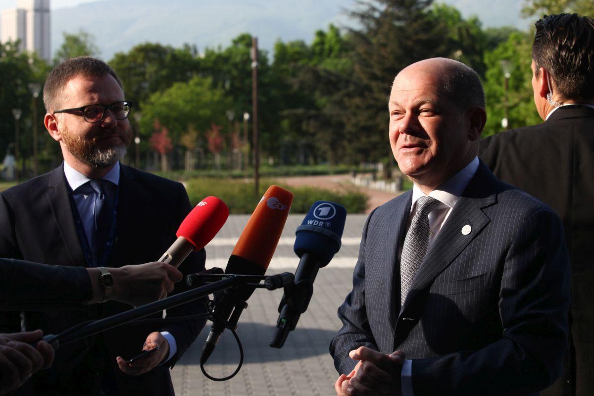 «Θρίλερ» στις γερμανικές εκλογές: Προηγείται με «βραχεία κεφαλή» το SPD