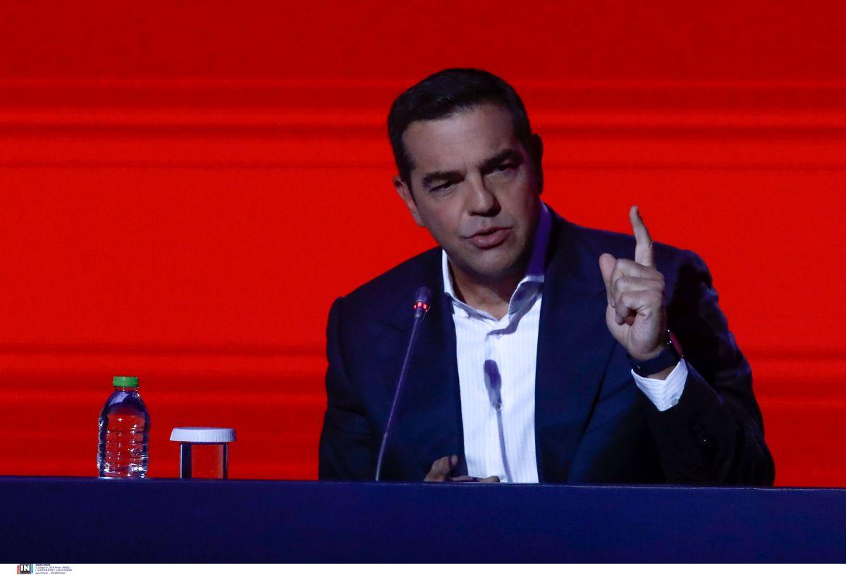 Αλ. Τσίπρας στο Ράδιο Θεσσαλονίκη:Δεν χρειάστηκε να πείσω τον Πολάκη να εμβολιαστεί – Κάνουμε έκκληση για το εμβόλιο