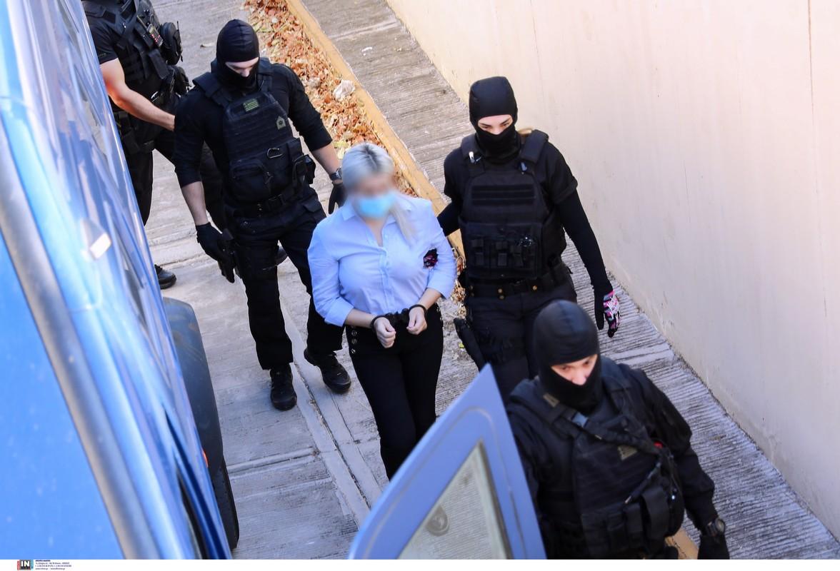 Υπόθεση με το βιτριόλι: 15ετή κάθειρξη στην Έφη Κακαράντζουλα