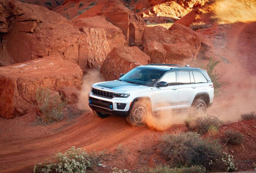 Περιπετειώδες, και εξηλεκτρισμένο! Η Jeep αποκάλυψε το νέο Grand Cherokee