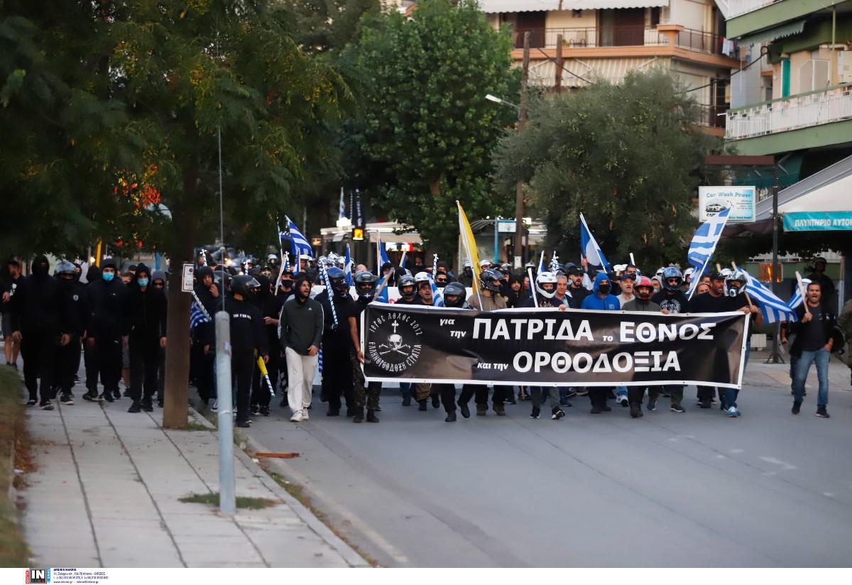 Θεσσαλονίκη: Πορεία ακροδεξιών στους δρόμους της Σταυρούπολης