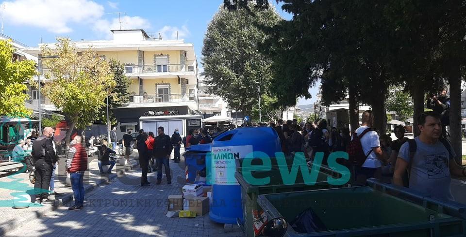 Μαρτυρία-σοκ για την επίθεση ακροδεξιών στην Ηλιούπολη: «Θα μπορούσαν να μας είχαν σκοτώσει» (VIDEO)