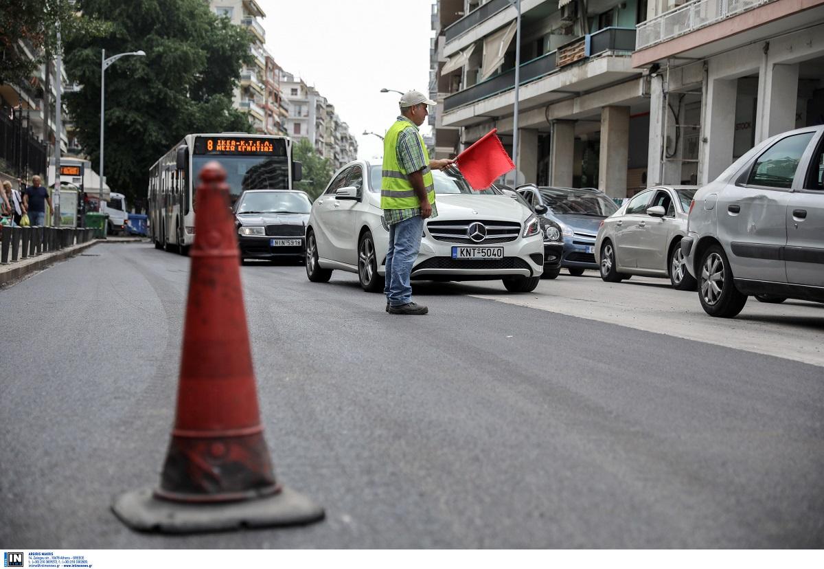 Καταγγελία πολίτη: «Παρατημένος» δρόμος στη Νεάπολη ύστερα από εργασίες οπτικών ινών – Κίνδυνος ατυχήματος (ΦΩΤΟ)