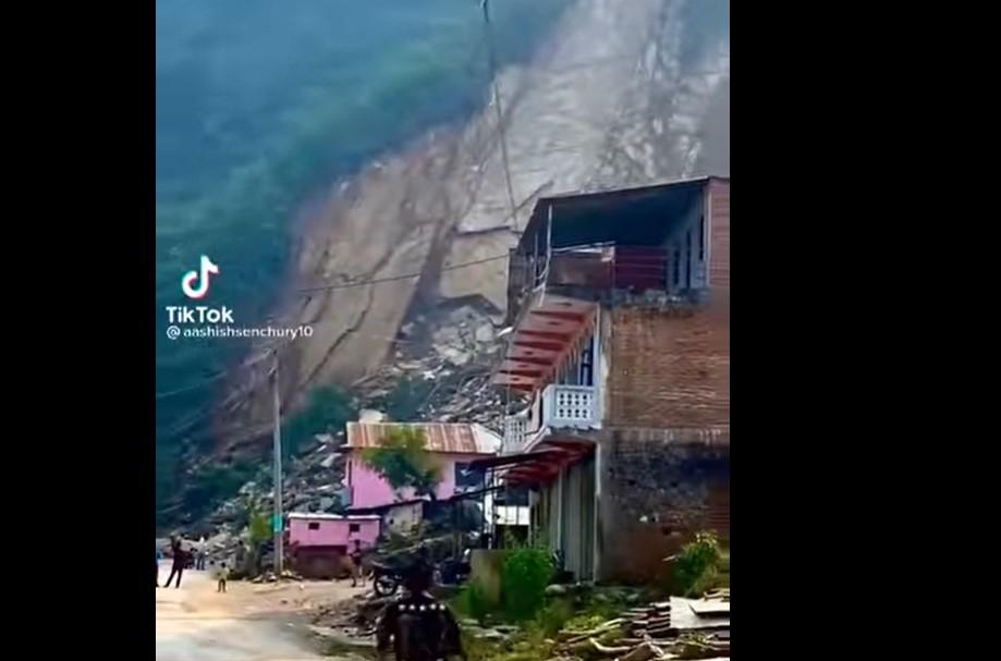 Φοβερή κατολίσθηση στο Νεπάλ (VIDEO)