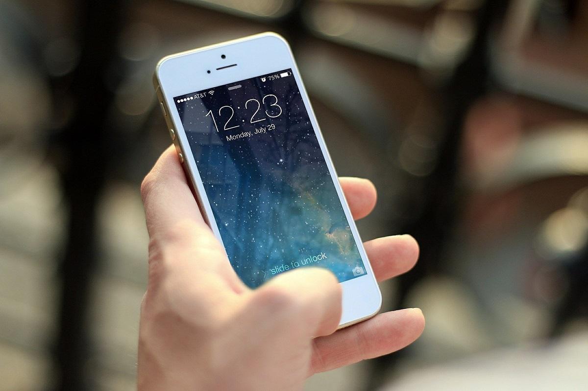 Θεσσαλονίκη: 17χρονος χτύπησε 24χρονη για να της πάρει το κινητό της τηλέφωνο και συνελήφθη