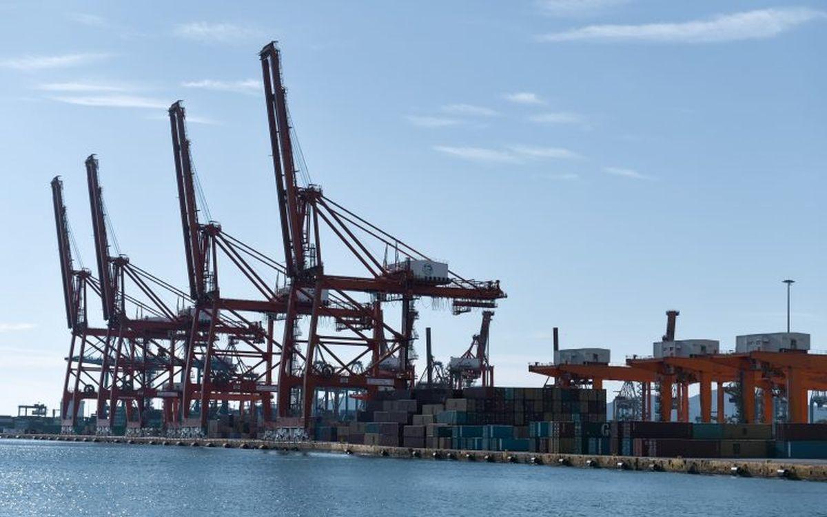 Πειραιάς: Σκοτώθηκε εργαζόμενος στο λιμάνι – Χτυπήθηκε από γερανογέφυρα