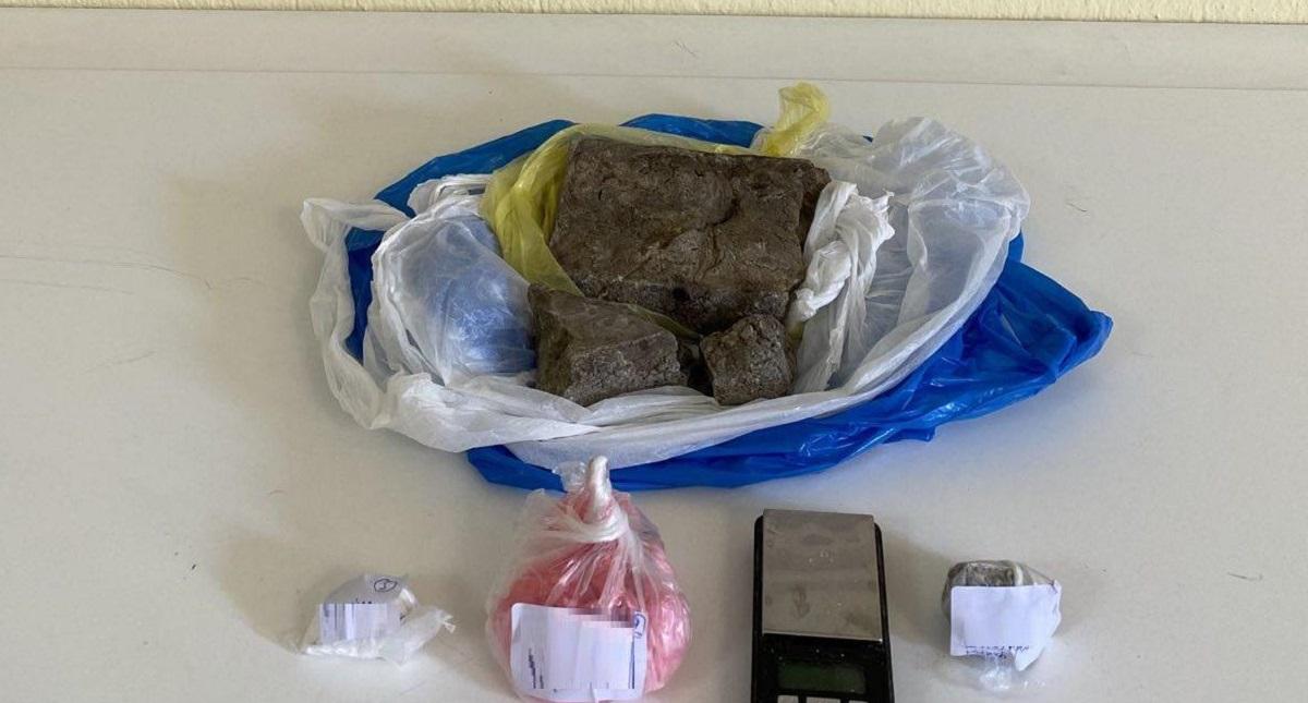 Θεσσαλονίκη: Βρέθηκε «κρύπτη» κοκαΐνης και ηρωίνης στη Μενεμένη