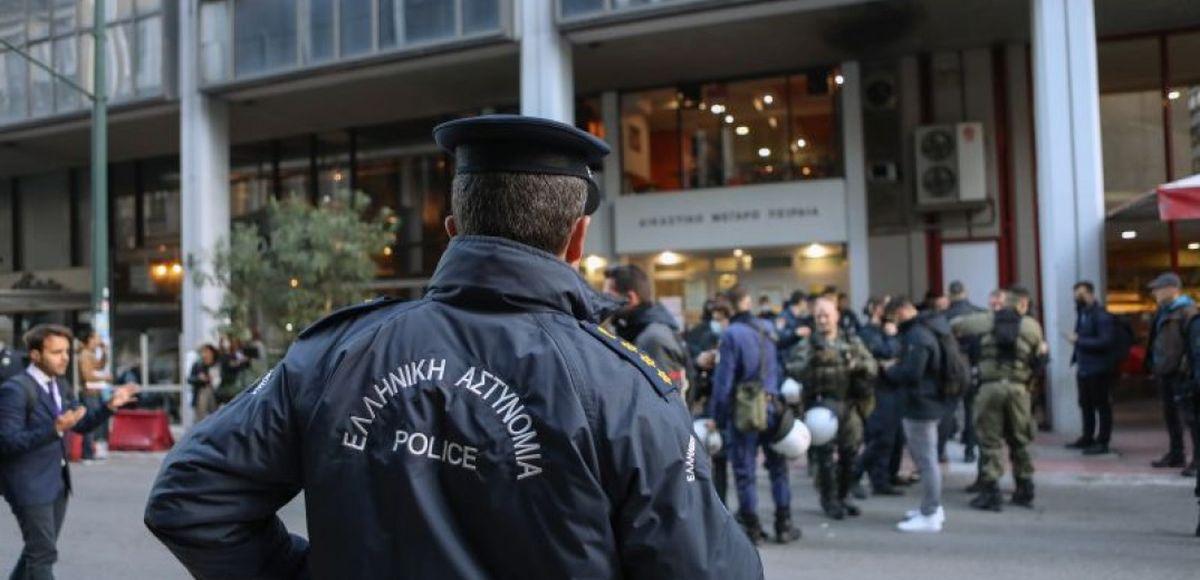 Καταδίωξη στο Πέραμα: Αρνήθηκαν όλες τις κατηγορίες οι αστυνομικοί