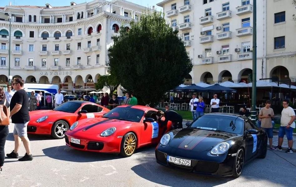Το Porsche Club Greece βολτάρισε τα παιδιά του Παιδικού Χωριού SOS Πλαγιαρίου