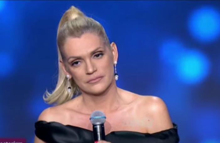 """Σταμάτη στο J2US: """"Την έχει φάει την παραμύθα ο κόσμος"""" (VIDEO)"""