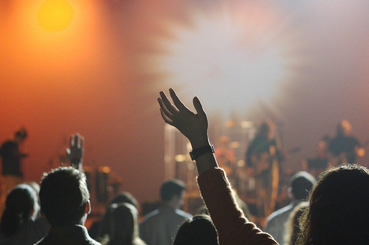 Οι κόκκινες περιοχές χωρίς συναυλίες – Η επιτροπή εισηγείται να κλείσουν και οι Σέρρες