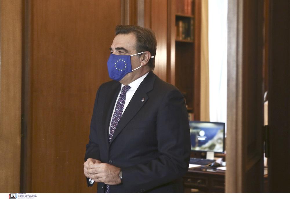 Στη Θεσσαλονίκη σήμερα ο Αντιπρόεδρος της Ευρωπαϊκής Επιτροπής Μαργαρίτης Σχοινάς – Τι θα επισκεφτεί