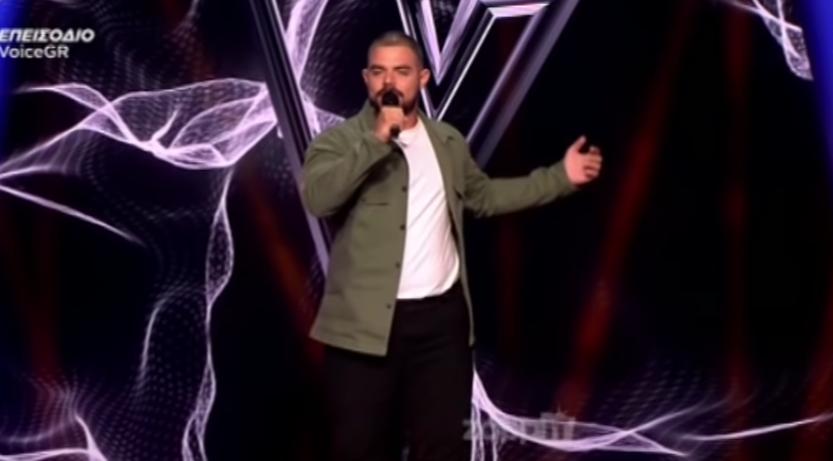 The Voice: Ο παίκτης που συγκίνησε κριτές και τηλεοπτικό κοινό (VIDEO)