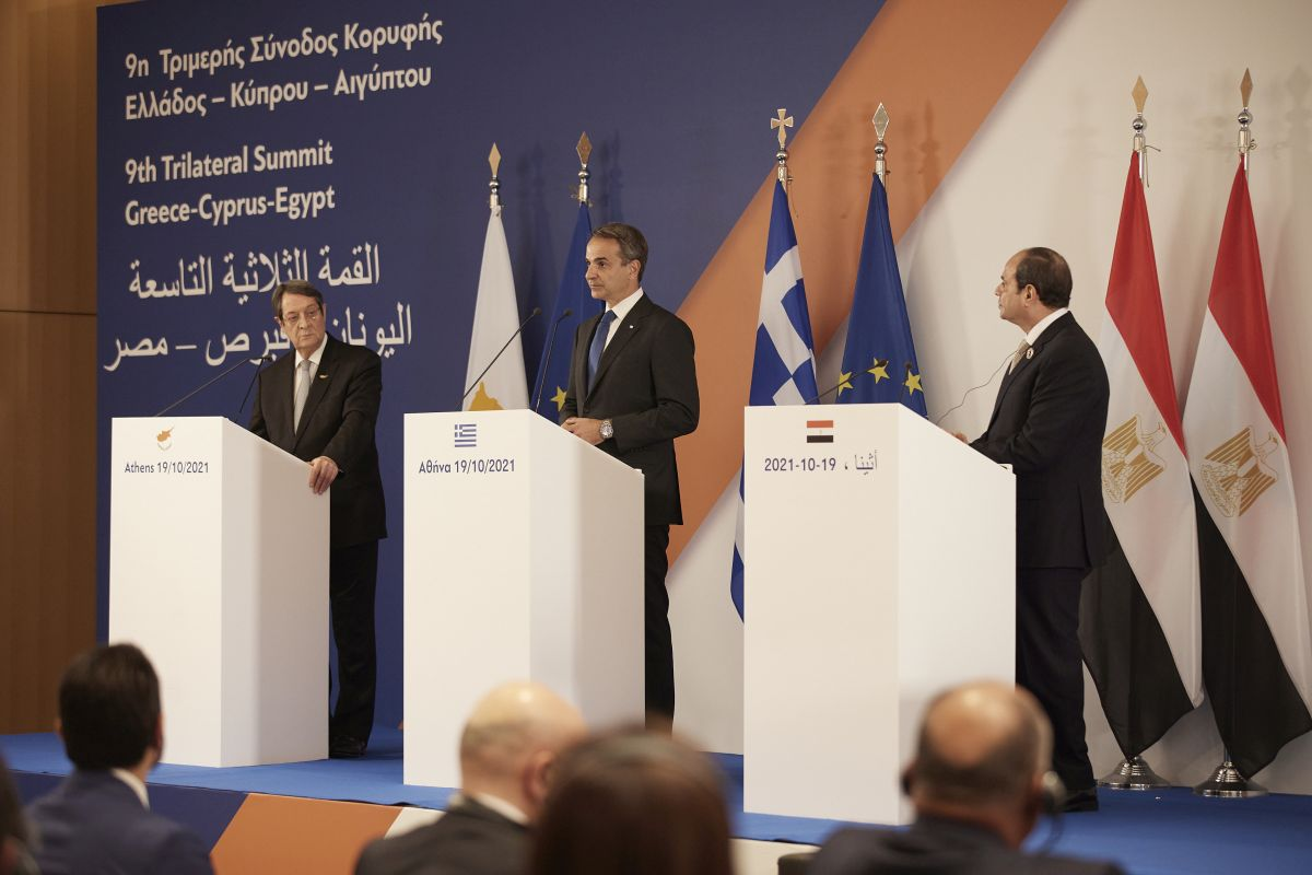 Τα μηνύματα της τριμερούς συνόδου Ελλάδας – Κύπρου – Αιγύπτου στην Τουρκία (VIDEO)