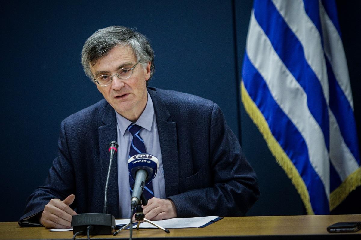 ΣΥΡΙΖΑ: Μετά την πίεση Τσίπρα και αφού σφύριξε τη λήξη της πανδημίας ο κ. Μητσοτάκης θυμήθηκε τους επιστήμονες